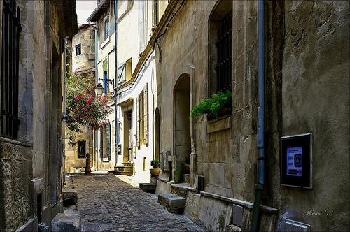 Arles, chemin faisant en photografiant par miriam259