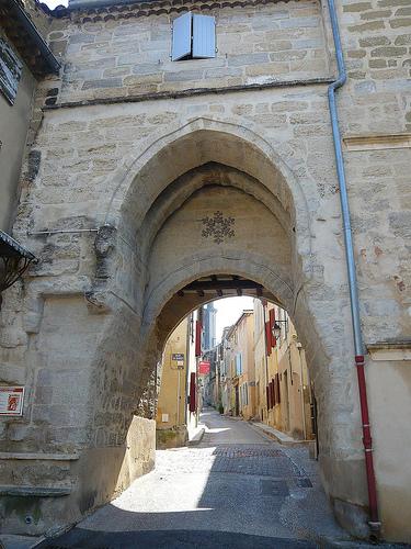 Barbentane - Porte Calendale par Vaxjo