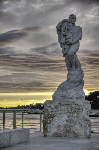 Statue de Calendal par Auguste Cornu par feelnoxx