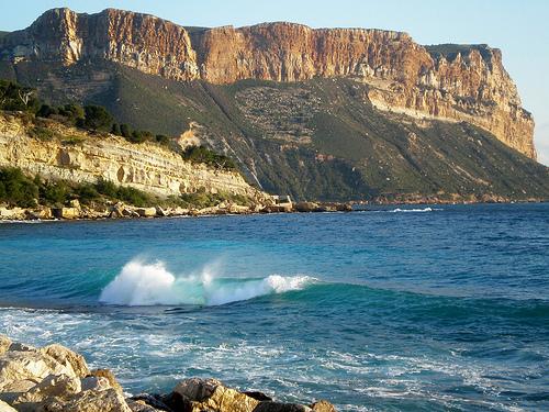 Vue de la falaise du Cap Canaille by Pantchoa