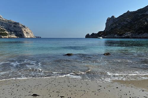 Cassis, plage de la calanque de Sormiou by Patrick.Raymond