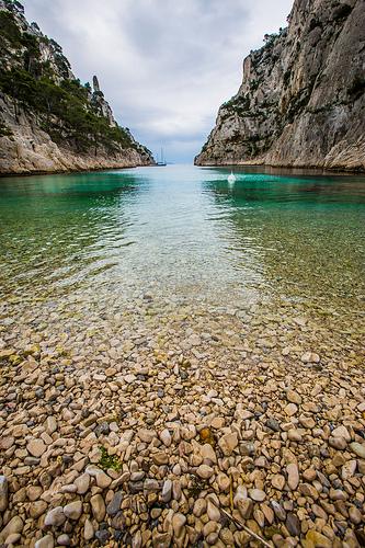 Calanque d'En-vau... la plage de caillou par guitou2mars