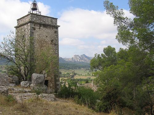 Tour de l'Horloge d'Eygalières by pf57
