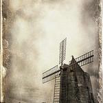 Moulin d'Alphonse Daudet à Fontvielle par Spaggit - Fontvieille 13990 Bouches-du-Rhône Provence France
