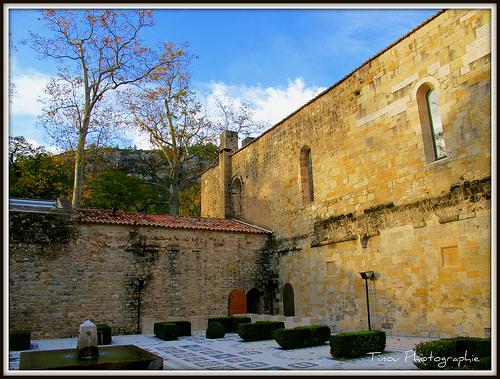 L'abbaye cistercienne de Saint-Pons by Tinou61