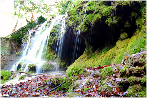Falls - Promenade dans la vallée de st Pons  par strike13