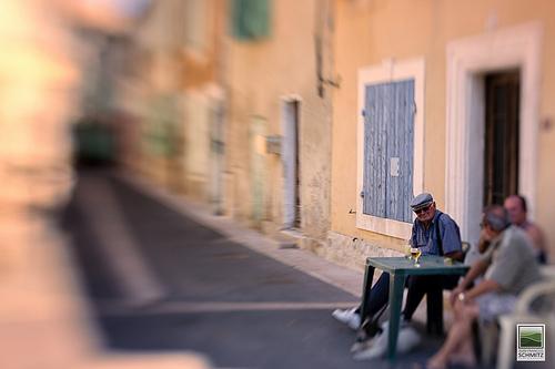 L'heure de l'apéro en Provence par JF Schmitz