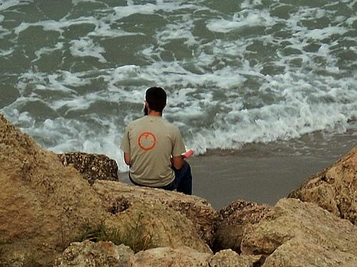 Méditations matinales devant la méditerranée par nosilvio