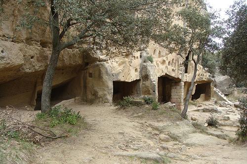 Cirque de Calès : les grottes de Calès by salva1745