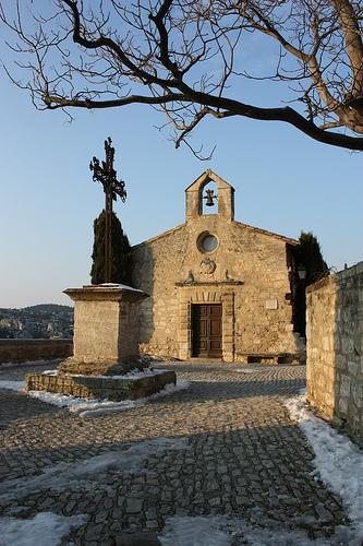 Petite église des Baux  par Cilions