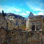 """Ruines des Baux de Provence : """"Post Tenebras Lux."""" par nic( o ) - Les Baux de Provence 13520 Bouches-du-Rhône Provence France"""