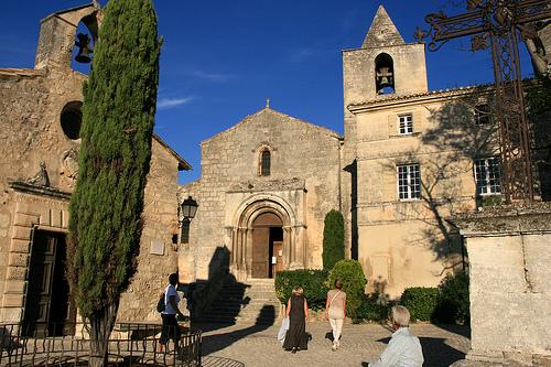 Eglise et Chapelle des Baux par Seb+Jim