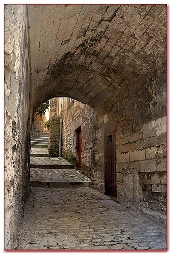 Calade - Baux-de-Provence (13) by Charlottess