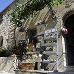 Boutique - Les Baux par Massimo Battesini - Les Baux de Provence 13520 Bouches-du-Rhône Provence France