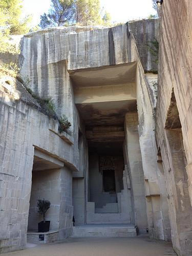 Carrière de lumière : la source aux pierres par gab113