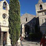 Les Baux - Chapelle des Pénitents Blancs et l'Eglise Saint-Vincent  par gab113 - Les Baux de Provence 13520 Bouches-du-Rhône Provence France