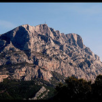 Montagne Sainte-Victoire par  - Aix-en-Provence  Bouches-du-Rh&ocirc;ne Provence France