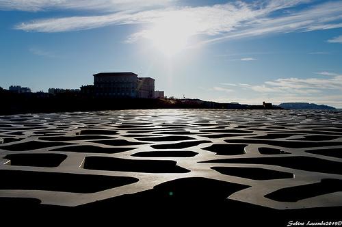 Toit du MUCEM : une nouvelle mer d'architecture par sabinelacombe