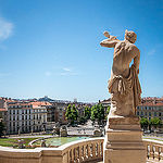 Statue du Palais de Longchamp à Marseille par Franck Vallet - Marseille 13000 Bouches-du-Rhône Provence France