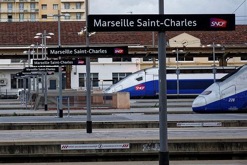 Gare de Marseille Saint-Charles - TGV Prêts au départ par stephanielowezanin