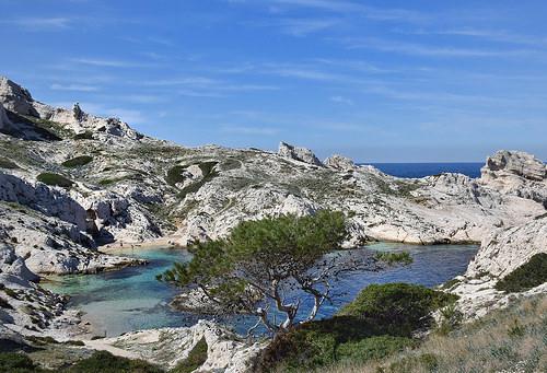 Les îles du Frioul  by Charlottess
