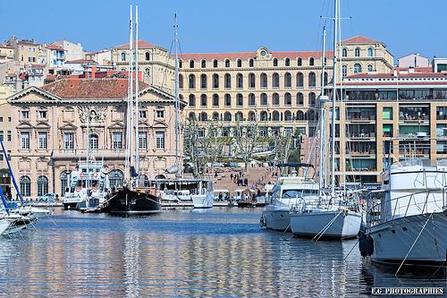 InterContinental Marseille - Hotel Dieu vue depuis le vieux port by F.G photographies