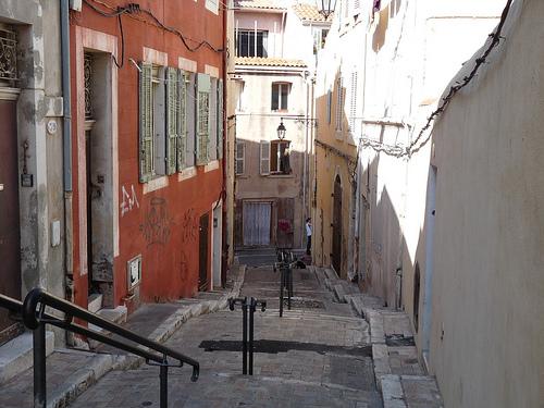 Quartier du Panier - rue piétionne by FASOLO PASCAL