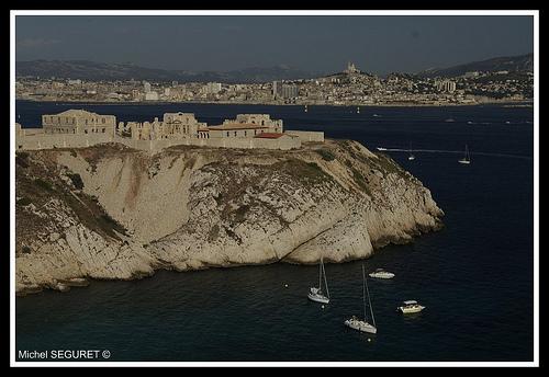 Île de Frioul & Marseille by michel.seguret