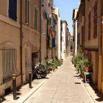 Ruelle dans le quartier du Panier à Marseille par Feiko. - Marseille 13000 Bouches-du-Rhône Provence France