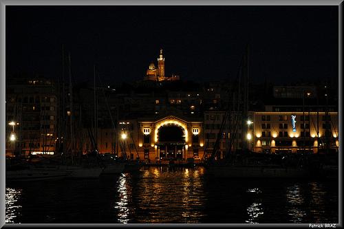 Marseille de nuit by Patchok34