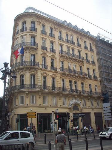 L'ancien Hôtel Noailles. La Canebière, Marseille. par Only Tradition