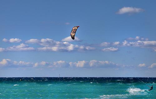 Envol - Kite surf à Marseille by Charlottess
