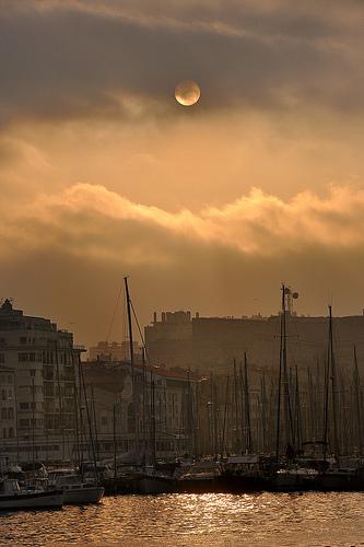 Fin de journée à Marseille par Charlottess
