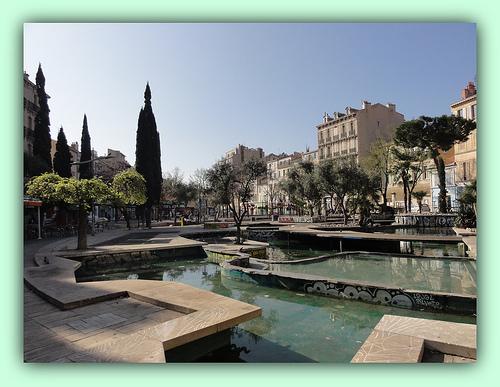 Bassins du cours Julien by laetitiablabla
