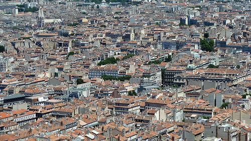 Les toits de Marseille by Discours de Bayeux