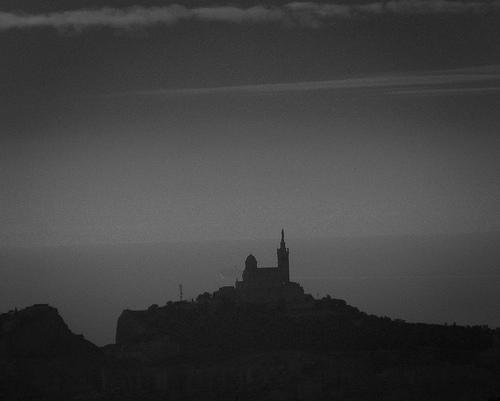 La butte de la Notre Dame de la Garde par CTfoto2013