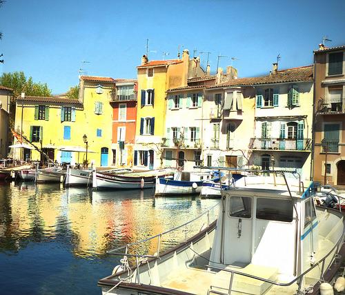 Martigues - La petite venise provençale by mary maa