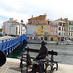 Martigues - statue - Le pêcheur et la ramendeuse par larsen & co - Martigues 13500 Bouches-du-Rhône Provence France