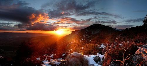 Coucher de soleil depuis le Baou Nègre par bruno Carrias