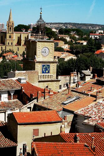 Vue sur la ville de salon de provence salon de provence for Ville de salon de provence