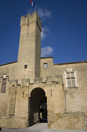 Château de L'Emperi by cpqs