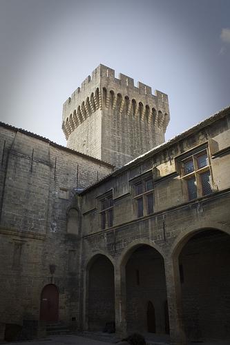 Château de L'Emperi - Salon by cpqs