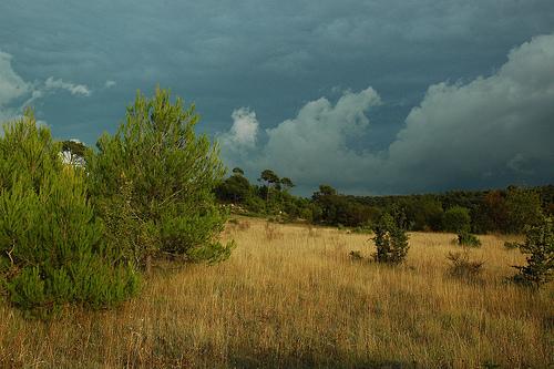 La Provence nuageuse ! by Patchok34