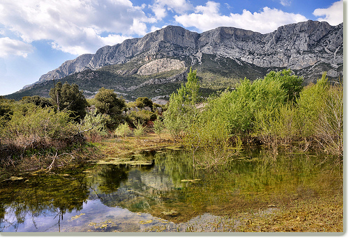 Reflets - Barre du Cengle - Sainte-Victoire (13) by Charlottess