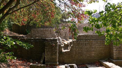 Ruines de Glanum - St Remy de Provence by JPH4674