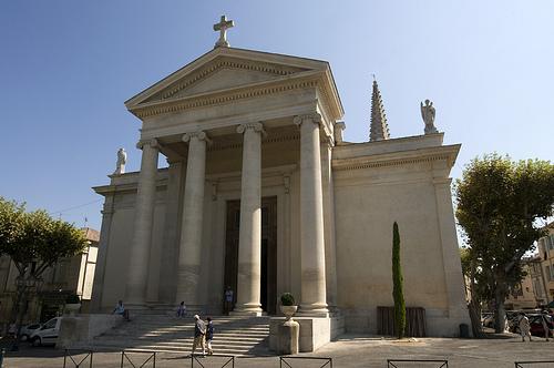 Eglise Saint-Martin - Saint-Rémy-de-Provence par Thierry B