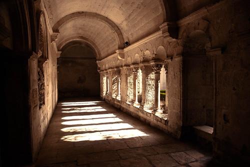 Le cloitre du Monastère Saint-Paul de Mausole par didier bloch
