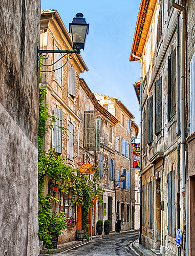 Old Street in Saint Rémy de Provence par philhaber