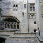 Château de Tarascon  - cour d'honneur par Vaxjo - Tarascon 13150 Bouches-du-Rhône Provence France