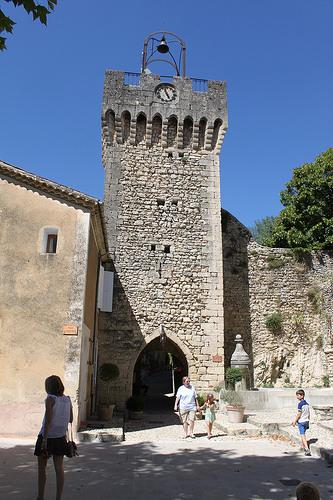 Beffroi de Montbrun-les-Bains par gab113
